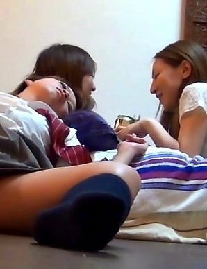 Japanese Piss Fetish Porn - BED WETTING